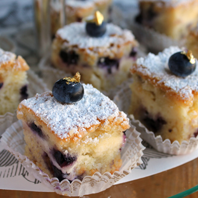 BLUEBERRY CHEESECAKE COFFEE CAKES